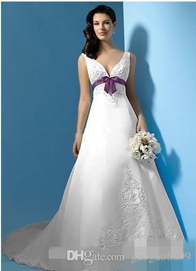 Nuovo arrivo elegante abiti da sposa 2019 una linea profondo scollo a V coperto pulsante bianco viola annata abito da sposa personalizzato personalizzato di alta qualità