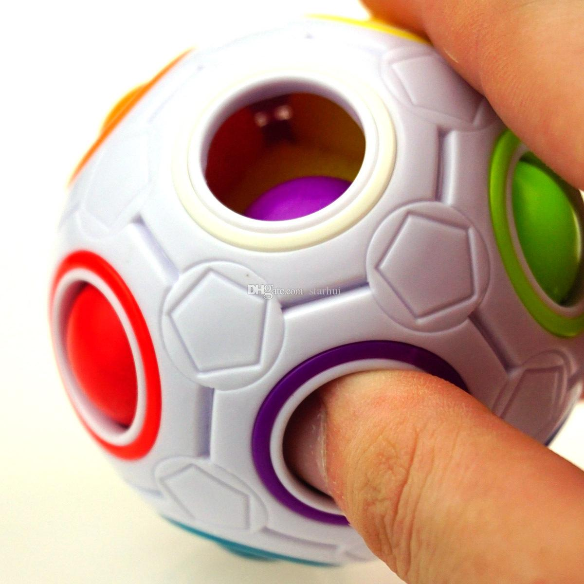 Regenbogen-Kugel-magischer Würfel-Geschwindigkeits-Fußball-Spaß-kreative kugelförmige Puzzlespiele scherzt pädagogische lernspielzeugspiele Kinder-erwachsene Geschenke WX-T75