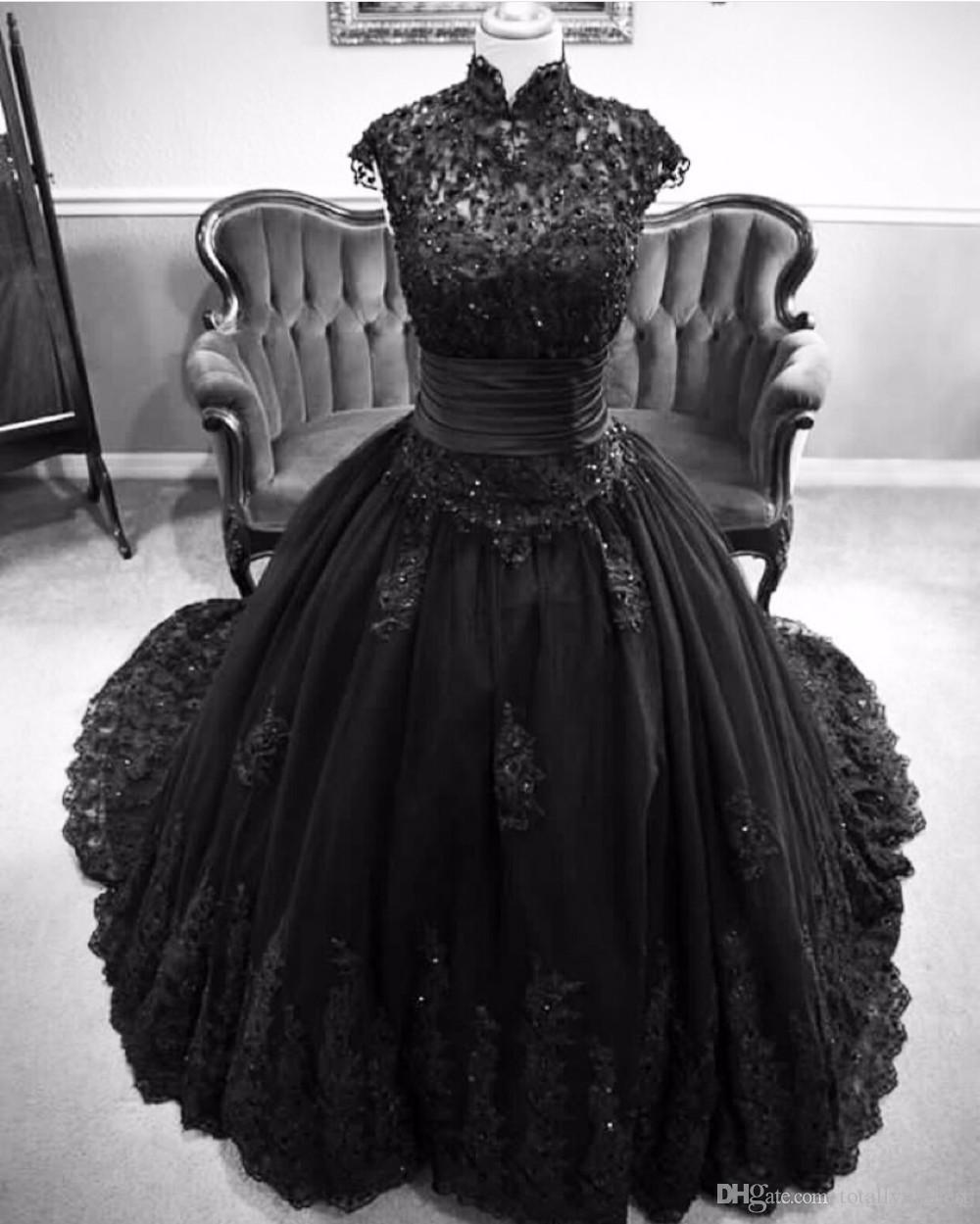 Vintage Black Lace Ball Gown Gothic Wedding Dresses Plus: Vintage Black Gothic Wedding Dresses 2017 Cap Sleeves