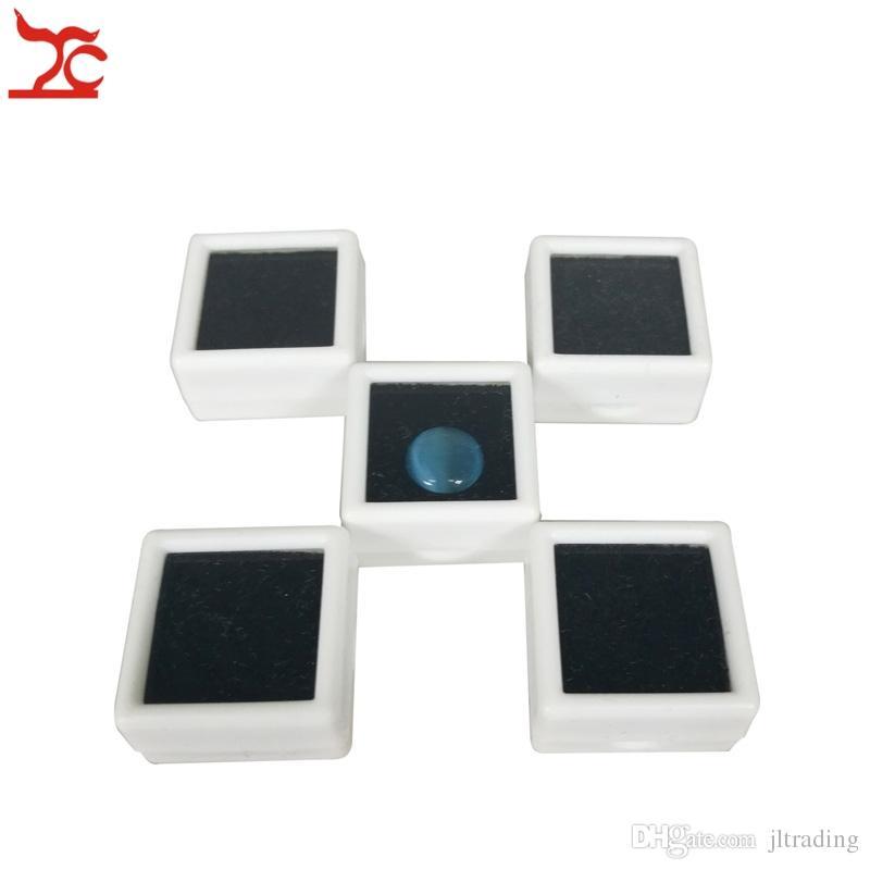 Plástico Cuadrado Loose Diamond Display Package Box White Gem Case Black Memory Foam Pad Beads Colgante Caja Showcase 3 * 3 * 2cm