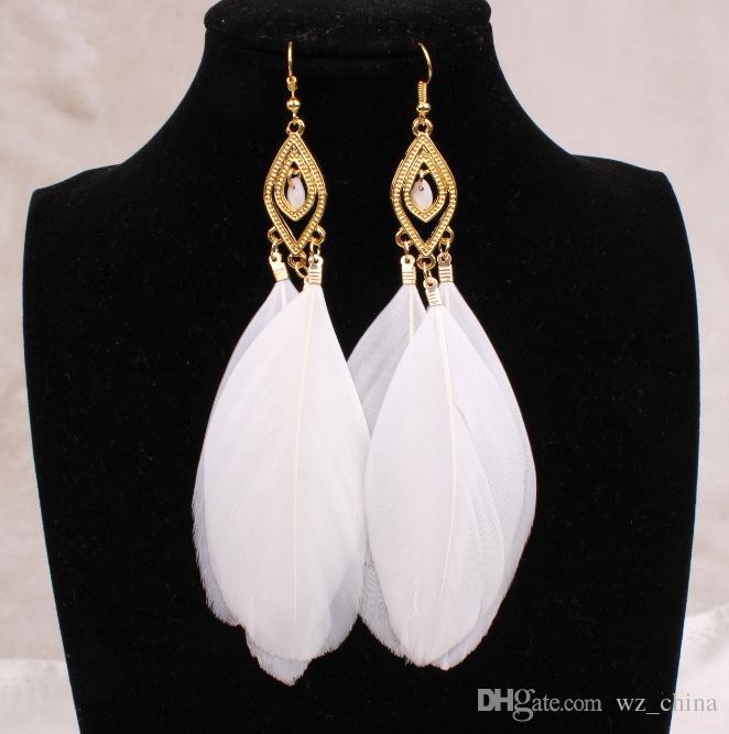 Pendientes de plumas largos Mujeres grandes pendientes de cristal Negro Blanco Joyería de moda azul para mujeres Pendientes de borlas vintage 18K chapado en oro