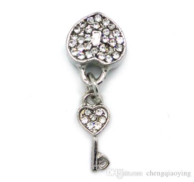 10x29mm mix colo strass gros perles en alliage de verrouillage et clé forme ajustement bracelet européen bricolage
