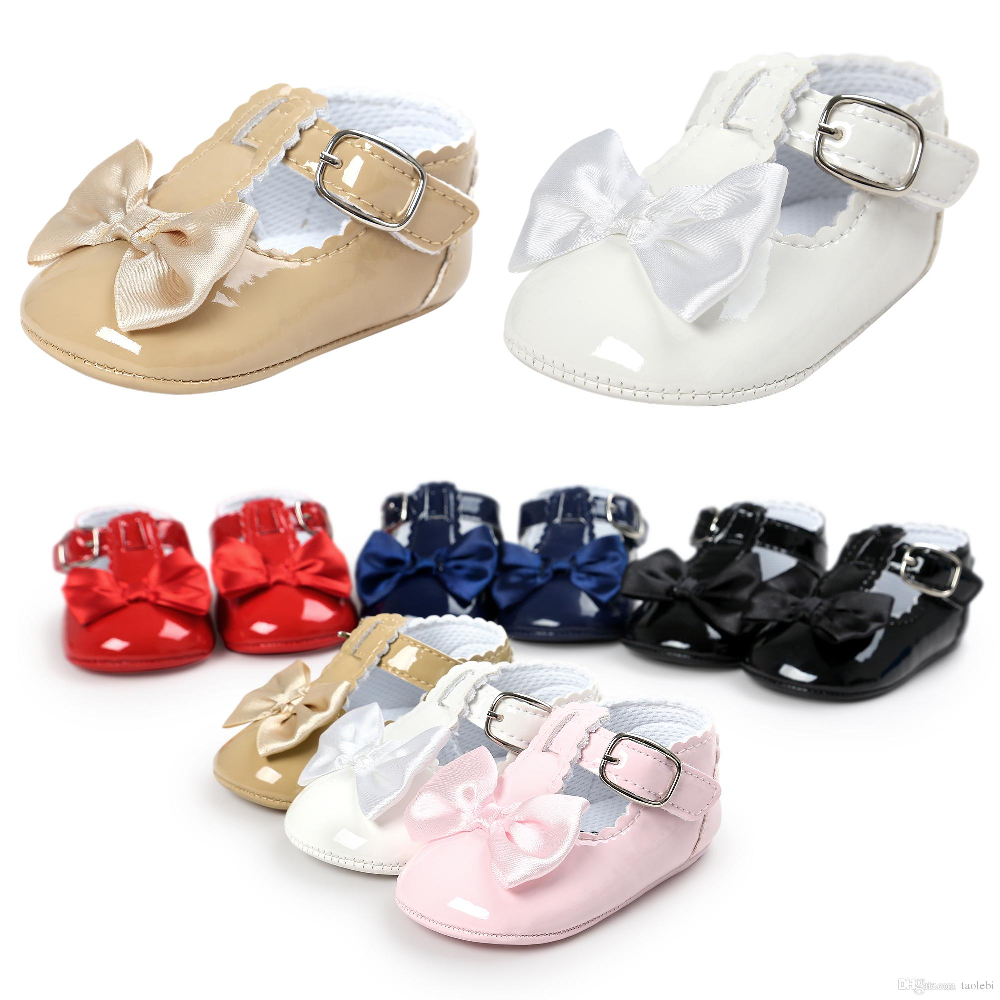 fcb65c22f3715 2019 2017 Leather Baby Girl Shoes Fashion Bowknot Design Baby Princess  Shoes Newborn Baby Shoes Sweet Bow Design Can Mix Colors From Taolebi