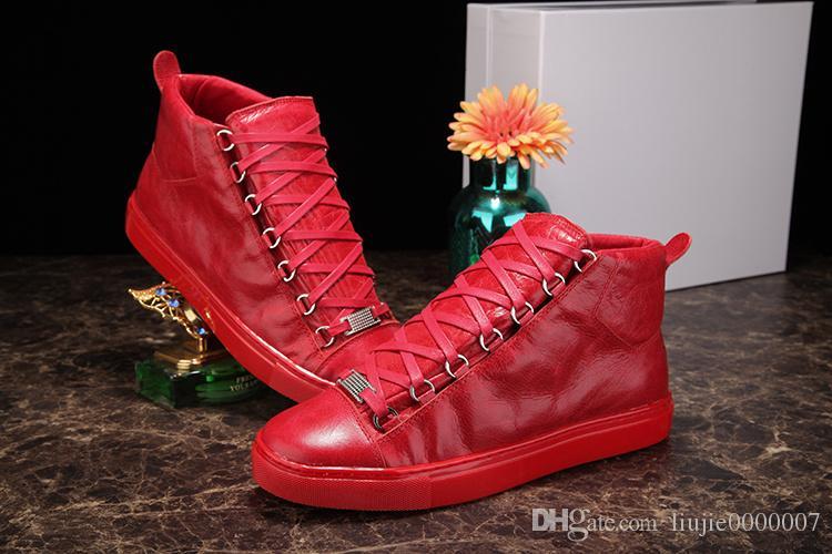 High Top Cuero arrugado Colores mezclados Marca de moda Rojo Negro Blanco Zapatos de diseño Al por mayor Zapatos de Arena de alta calidad Hombre Zapatillas de deporte casuales