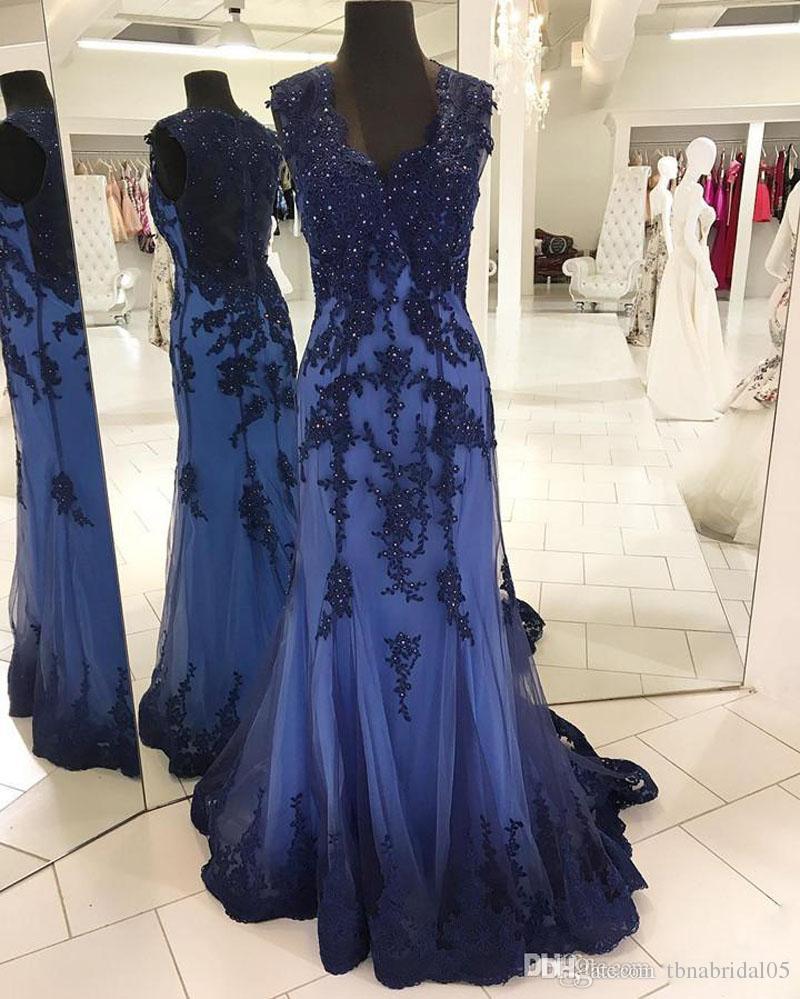Vestido de noche de sirena 2017 azul marino vestido de fiesta sexy v cuello abalorios apliques de encaje vestido de fiesta palabra de longitud vestido de fiesta por encargo