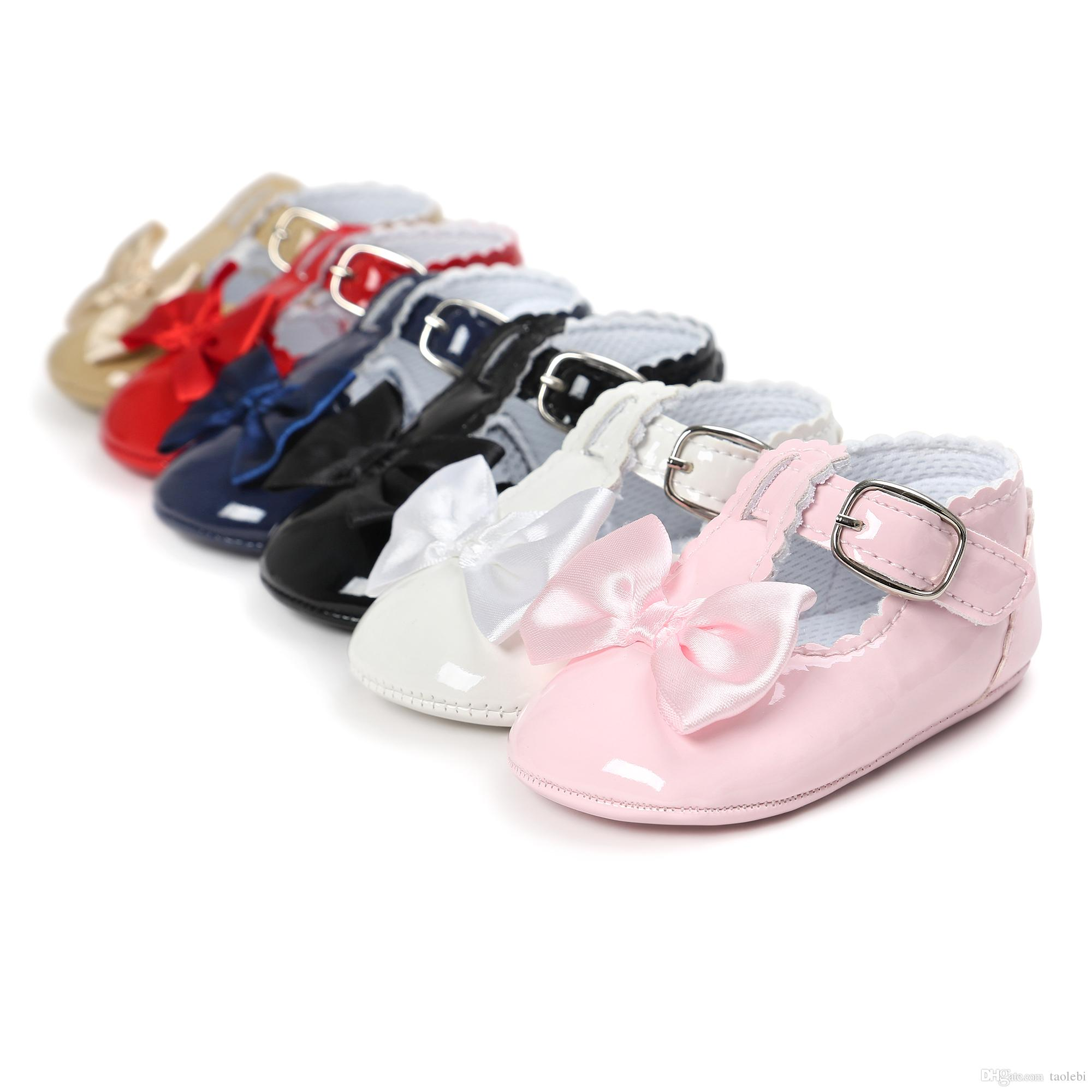 2019 2017 Pu Leather Baby Girl Shoes Fashion Bowknot Design Baby Princess  Shoes Newborn Baby Shoes Sweet Bow Design Can Mix Colors From Taolebi ea3040df87e1