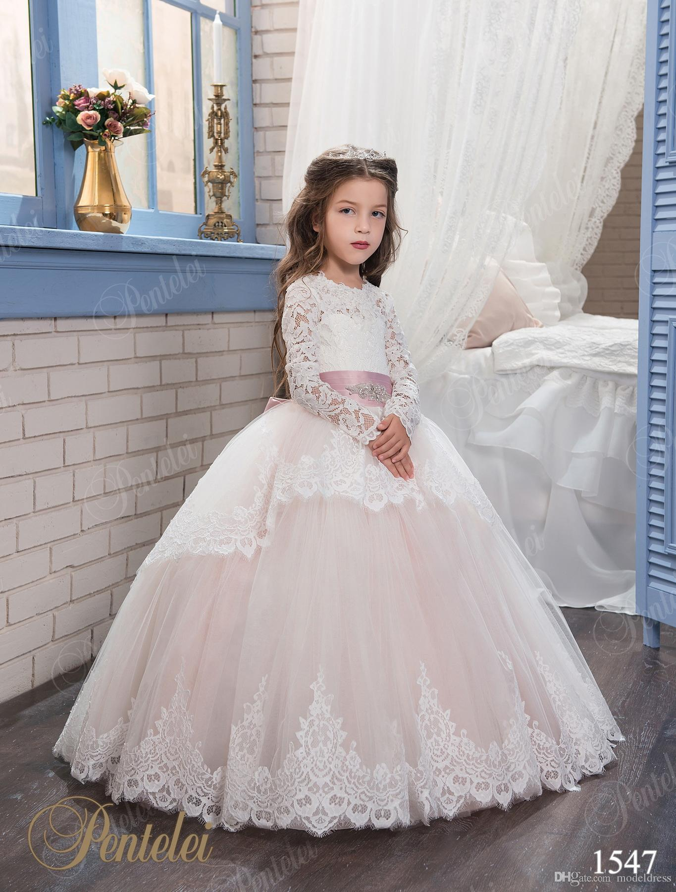 2017 New Princess Lace Flower Girl Dresses For Weddings Long Sleeves Ball Gown Formal First Communion Dress Child Party Formal Wear Gowns