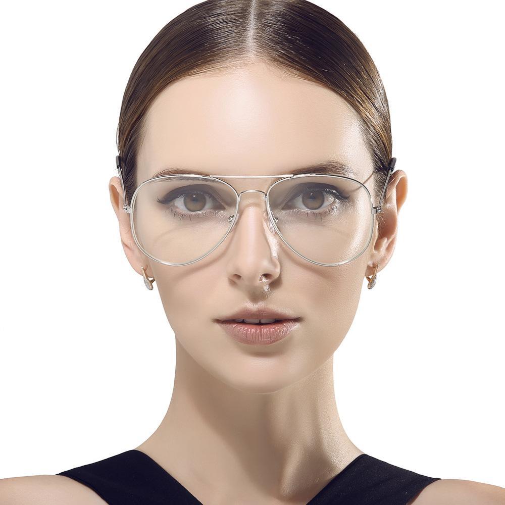 44f6106db1 Compre Al Por Mayor 2017 Nueva Moda Gafas Marco De Las Mujeres Lentes  Transparentes Cristal Plana Espejo Piloto Metal Óptico Vintage Gafas  Hombres Vista ...