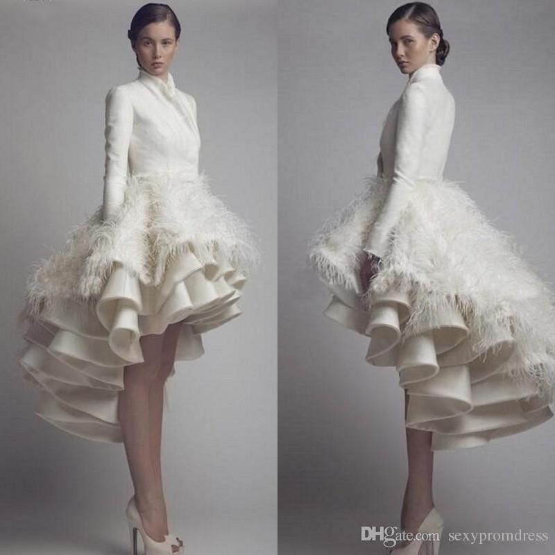Hög krage Långärmad Taffeta Hög Låg Bröllopsklänning Lagrade Ruffles Luxury Bridal Gowns With Feather Modest Party Special Occasion Dress