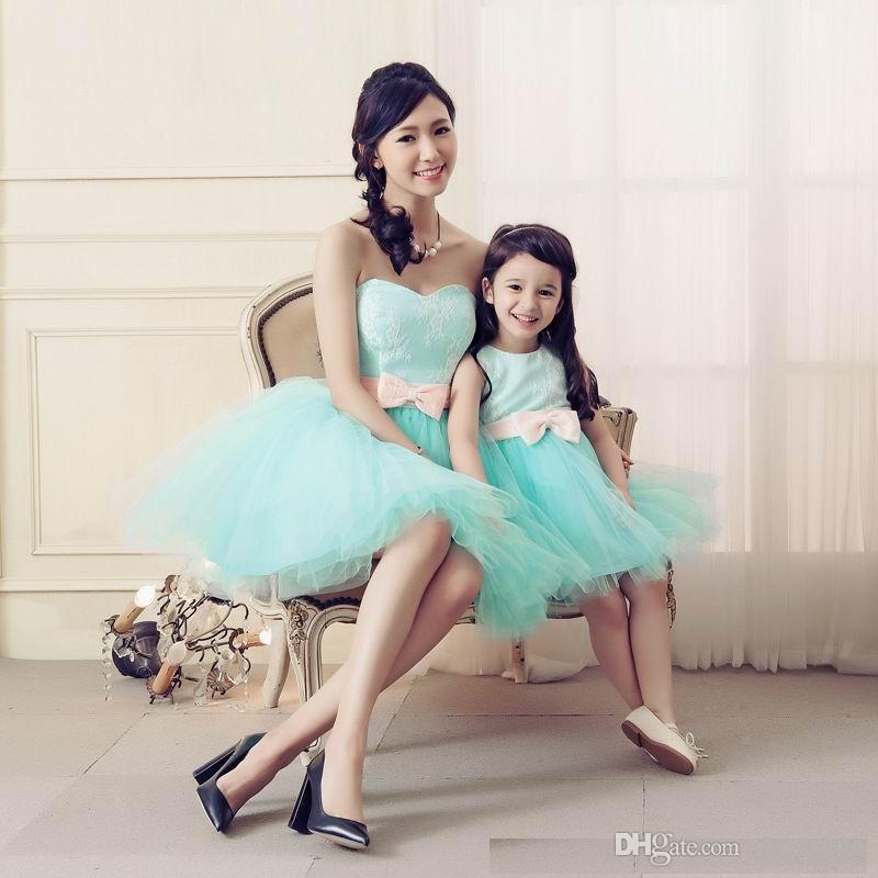 Aile Giysileri Anne Daughte 2016 Sparkly Boncuklu 2016 Aile Tarzı Anne ve Kızı Eşleşen Giyim Kısa Parti Elbiseler Mini Etek
