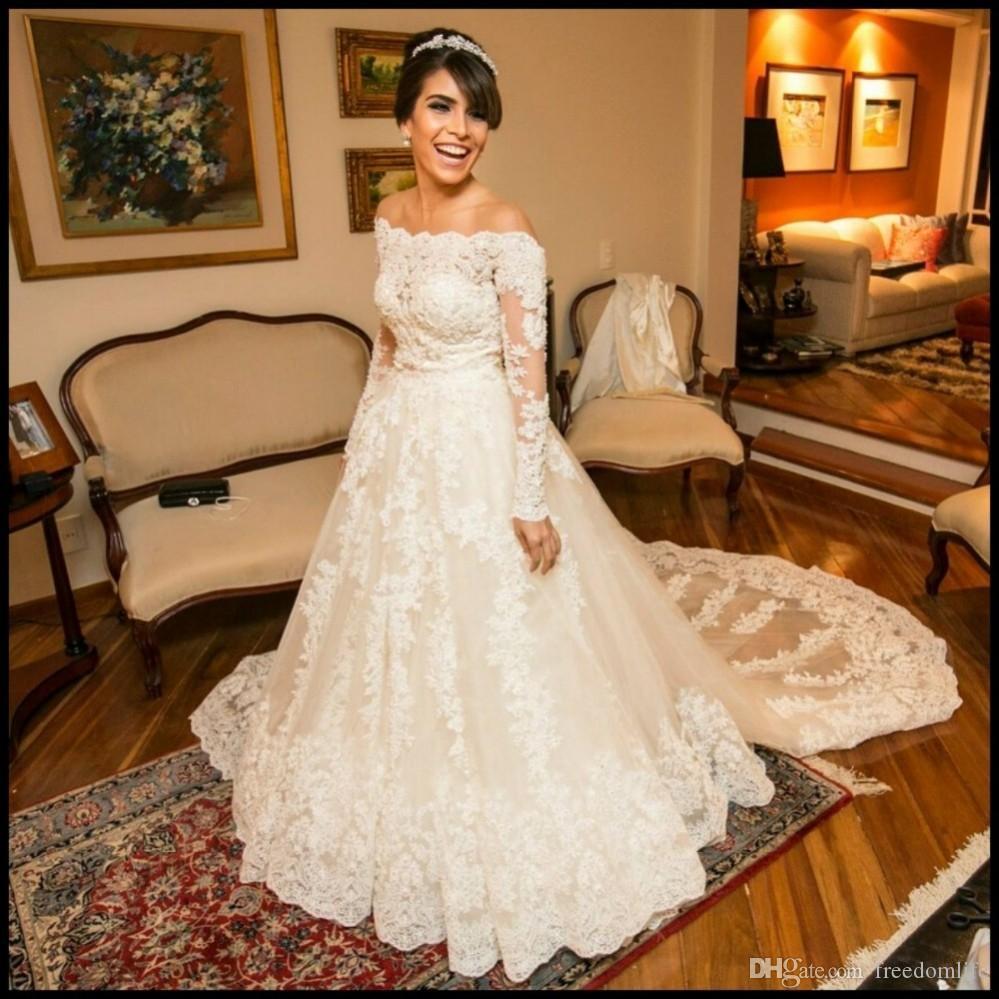 Abiti da sposa a maniche lunghe uniche 2017 A Line Appliques Pizzo Cappella lunga Cappella Treno su misura Abiti da sposa Vestido de Noiva