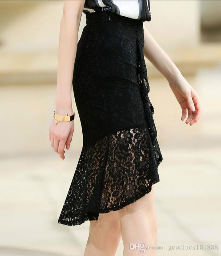 cf5170d07 Las nuevas mujeres del verano de moda de encaje negro faldas de abrigo  faldas de las señoras sexy apretado hueco cola de pescado faldas niñas  dulce ...