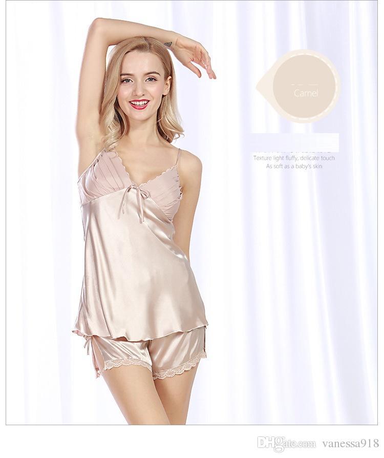 Compre Encaje Lencería Sexy Ropa De Dormir Pijama Conjuntos Pijamas Mujer  Pijama Sexy Camisón De Satén Camisones Con Cuello En V Sin Mangas 2 Piezas  SJYT64 ... d4465bc17fae
