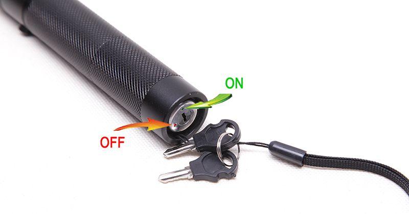 High Quality 532nm 303 SDLaser Green Laser Pointer Pen Torch visible beam Keys + Charger