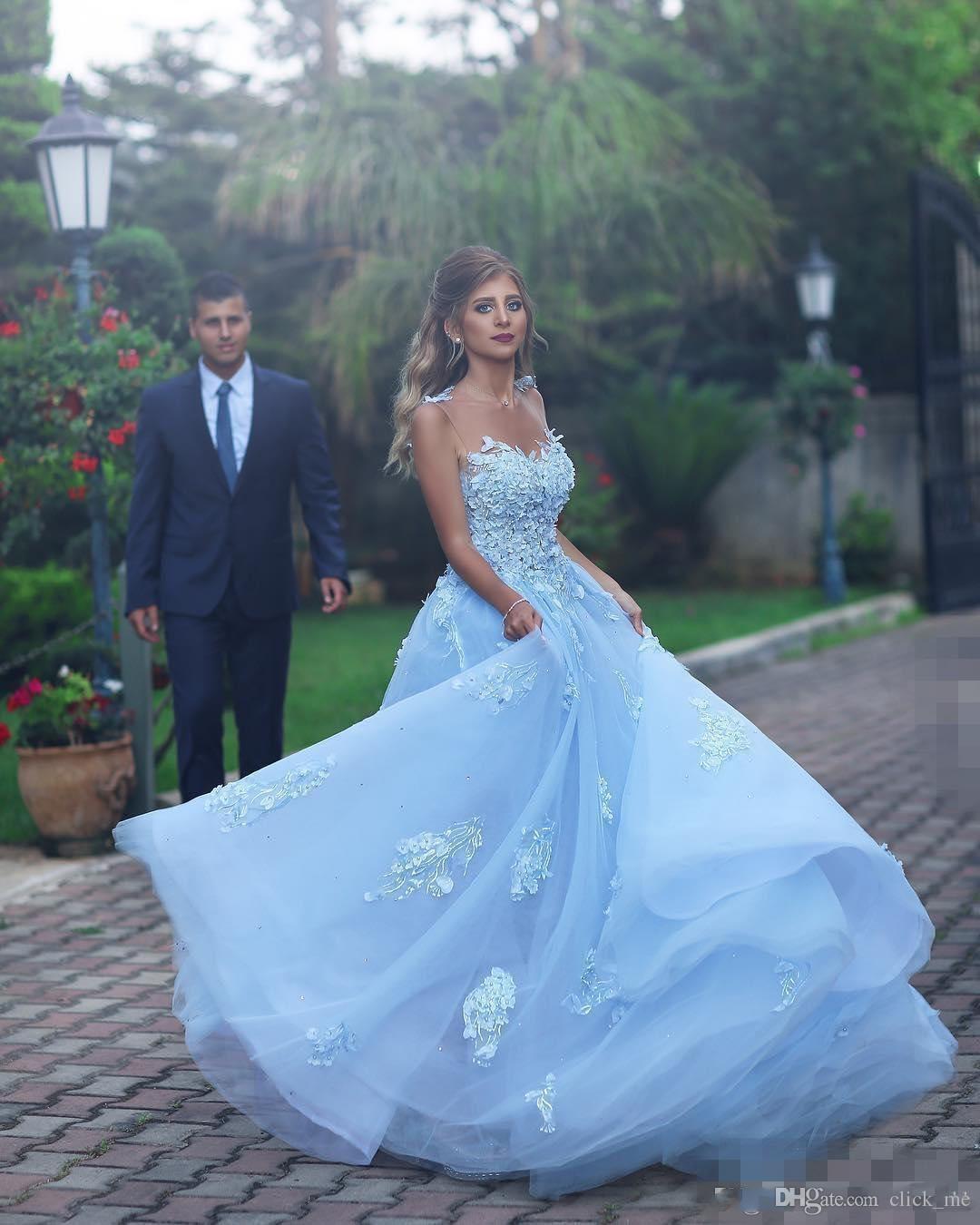 Sky Blue Princess Prom Vestidos Longos Sheer Decote Lace Apliques de Tule Uma Linha de Celebridades Vestidos de Noite Sheer Voltar Sexy Vestidos de Festa