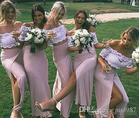 Elegantes vestidos de dama de honor de dos piezas de encaje rosa con manga corta de manga corta Vestidos de gala de ocasión sexy vestidos de dama de honor de satén estirados largos