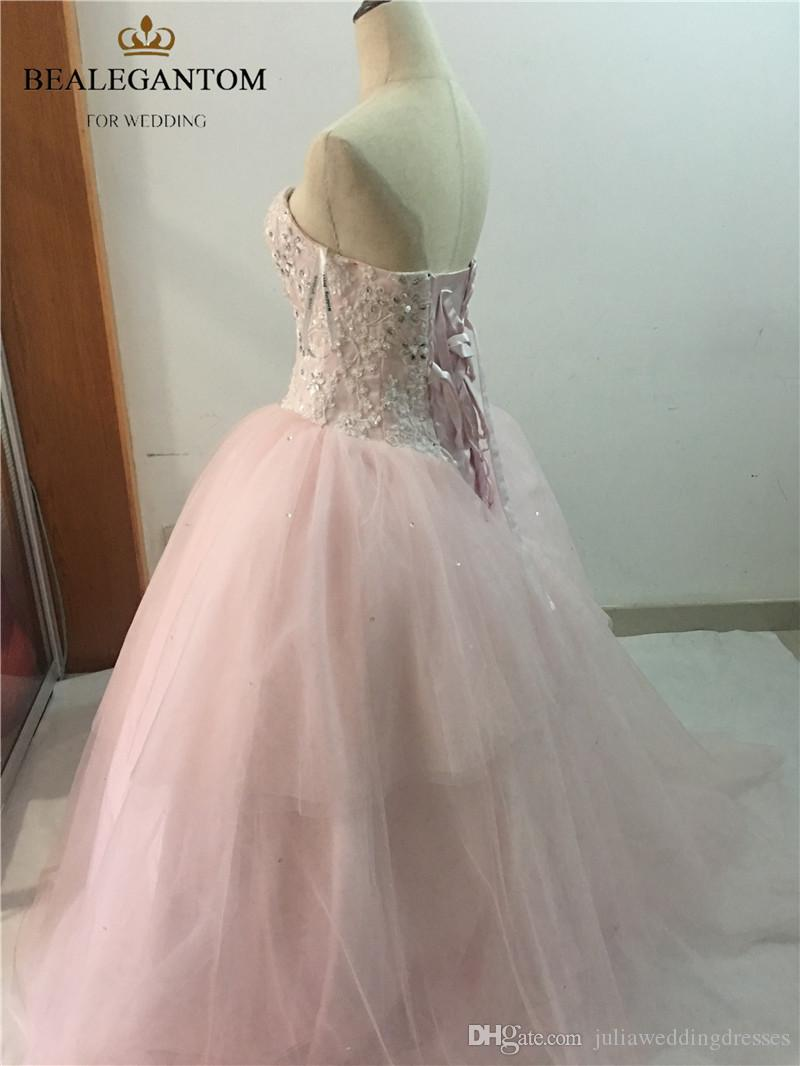 2017 Sexy Pink Sweetheart Crystal Ball Gown Quinceanera Dresses with Appliques Tulle Plus Size Sweet 16 Dresses Vestido Debutante Gowns BQ36