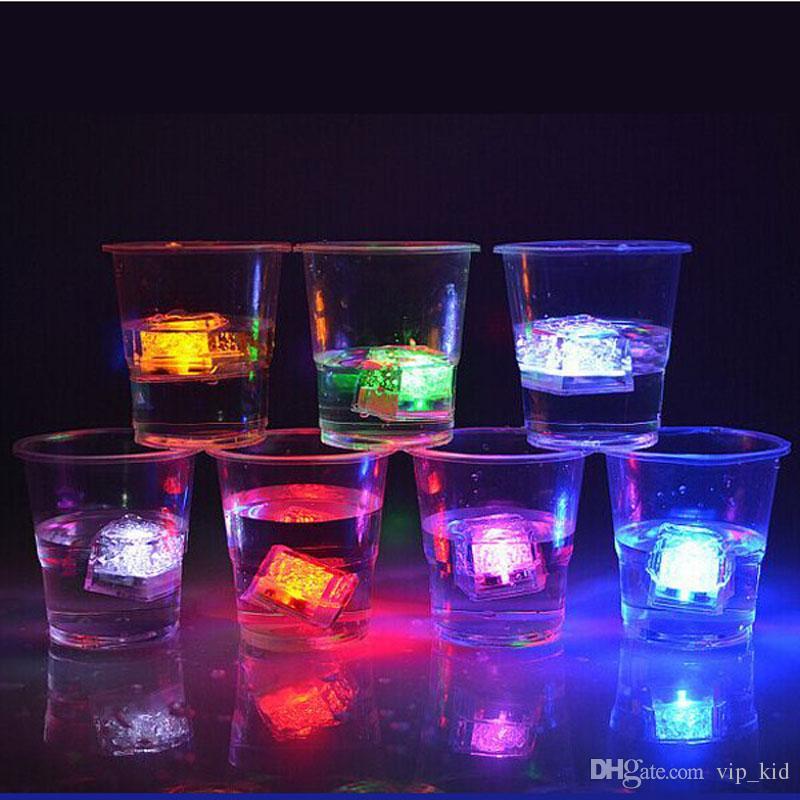 LED Eiswürfel Schnellblitz Langsam Flash Mini Romantische Leuchtwürfel LED Künstliches Eis Licht für Hochzeit Weihnachtsfeier Dekoration