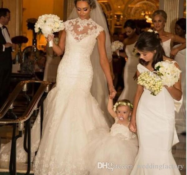 2017 Mermaid Wedding Dresses Stunning High Neck Sleeveless Lace Appliques Fit and Flare Custom Made Bridal Gowns with Long Train
