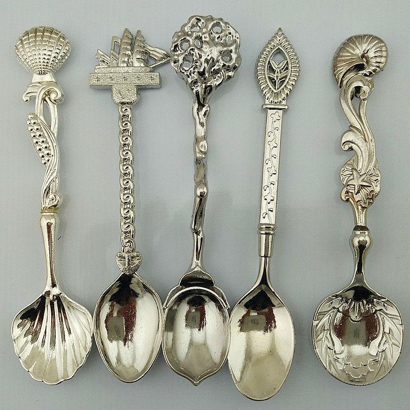 5pcs/set Vintage Royal Style Bronze Carved Small Coffee Spoon Flatware Cutlery Kitchen Dining Bar Tools