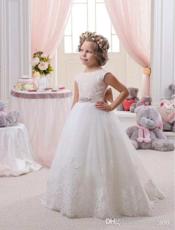 2019 White First Communion Dress Jewel T-Shirt Sleeveless Bow Lace Embroidery Girls Flower Girl Dress For Wedding