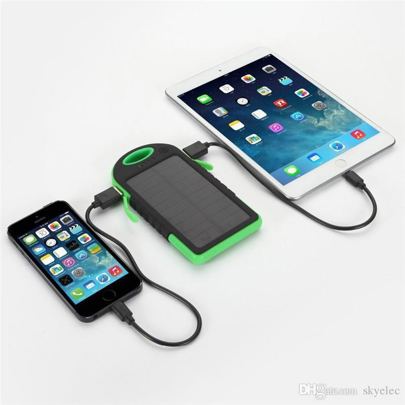 Solar Power Bank Batterie Étanche Double Usb Chargeur Phones Camping Lampe Accessoires Ultra Mince Snap Hook Attach Sac À Dos Randonnée Grip Rubber