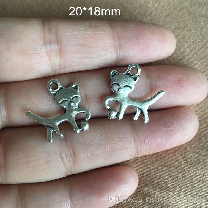 Cats Charms 18*20mm Antique Silver Tone Cat is playing with a ball,suitable for all kinds of craft projects