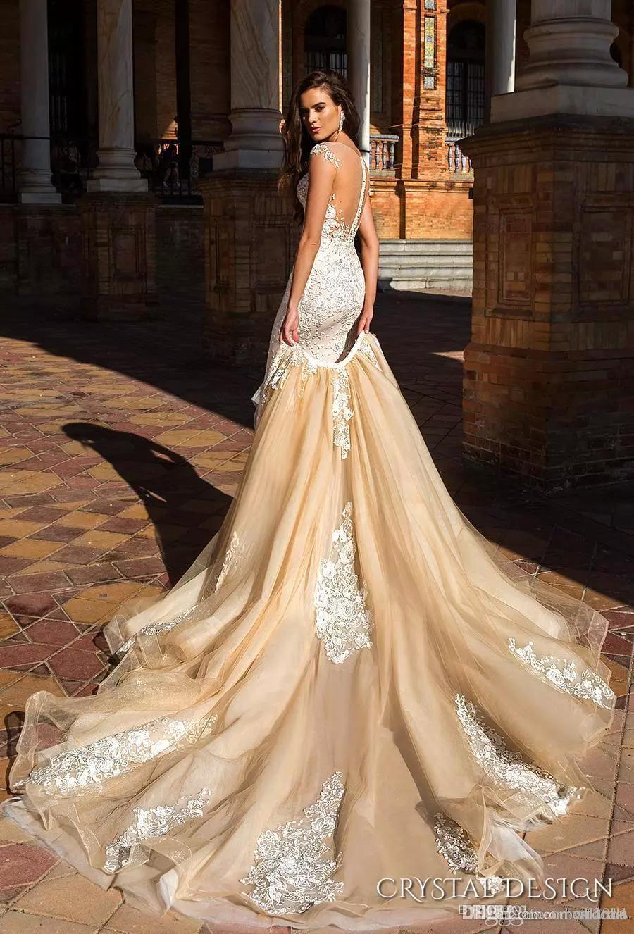Crystal Design 2019 Sheer Brautkleider Capped Sleeve Jewel Ausschnitt Gestickte abnehmbarer Rock Mantel Brautkleider Low Back langer Zug