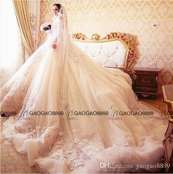 2019 Michael Cinco De Luxe 3D Floral Robes De Mariée Modest Arabe Dubaï Off-épaule Demi-Manches Princesse Église Robes De Mariée De Mariée