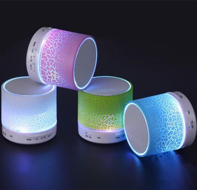 LED Crackle Bluetooth Speaker Mini Wireless Estéreo Bluetooth Speaker Support Tarjeta TF, USB, Radio FM con MIC con caja de venta al por menor de es