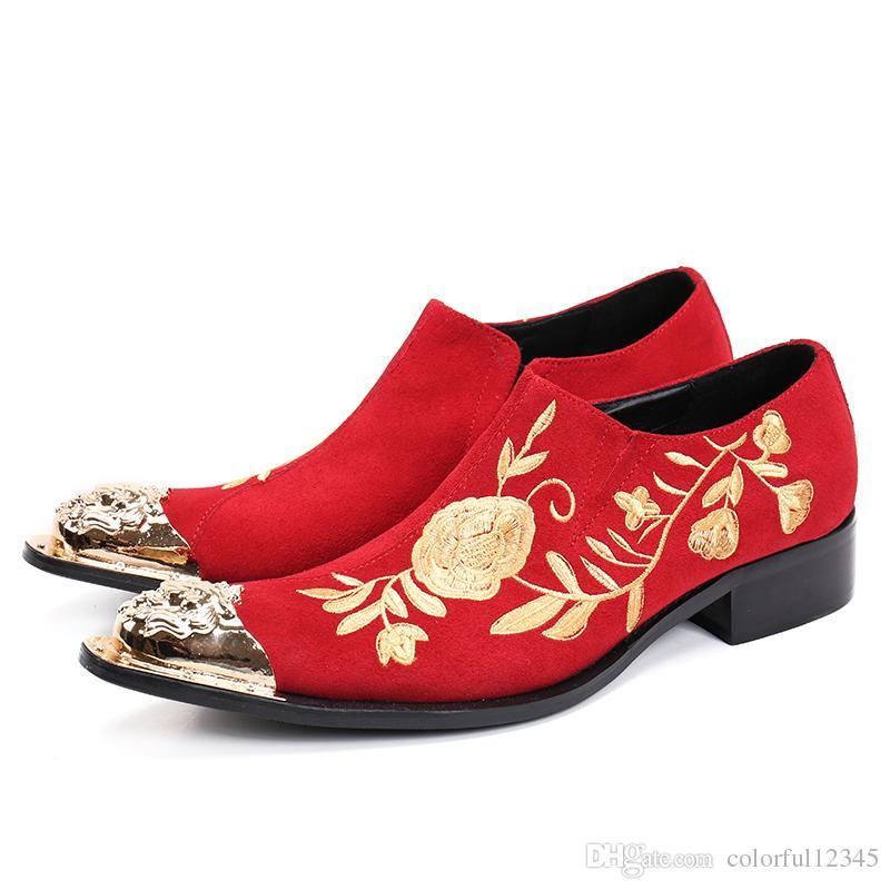 Zapatos de terciopelo de los hombres 2017 nuevo estilo del dedo del pie del metal con trabajo hecho a mano bordado floral Pisos de los hombres de moda de la boda Oxfords Zapatos Hombre