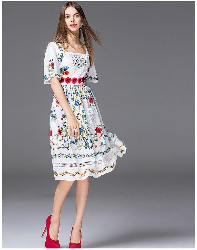 高品質の新しい到着2018年女性の正方形のネックライン半袖花のプリント刺繍のエレガントな滑走路ドレス2色