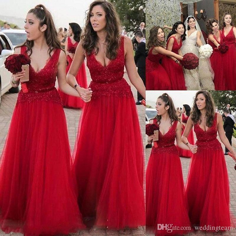 Rote Pailletten Land Brautjungfernkleider V-Ausschnitt Spitze Hochzeit Gast Kleid Bodenlangen Tüll Dügmädchen der Ehrenkleider