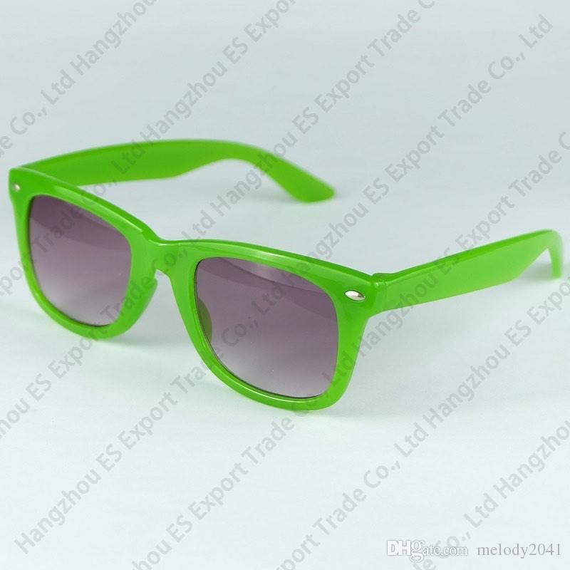 12 Farben aktualisierte bunte Süßigkeits-Kindersonnenbrille-heiße Verkaufs-klassische Kind-Sonnenbrille mischte freien Versand