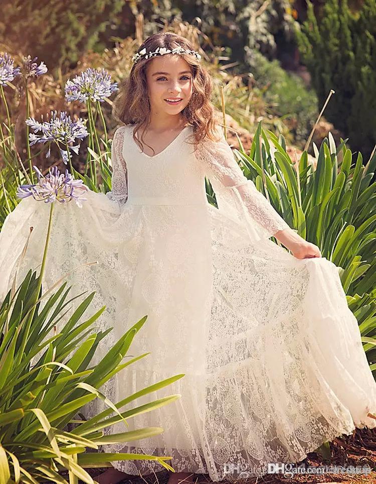2019 New Bohemian Lace Flower Girl Abiti da sposa scollo a V maniche lunghe floor-lunghezza Little Girls Party Dresses con Bow Sash