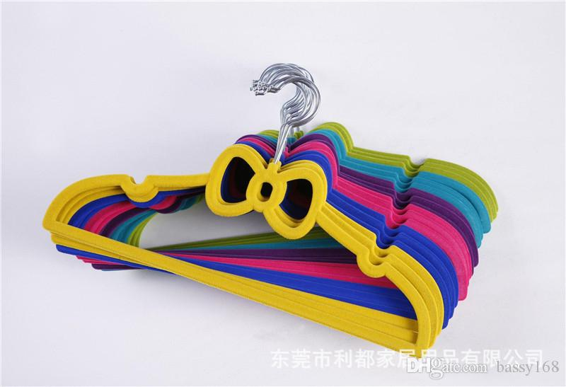 33cm Children Closet Velvet Hangers Bowknot Non-slip Thin Magic Flocking Space Save Storage Racks for Baby Kids Pet