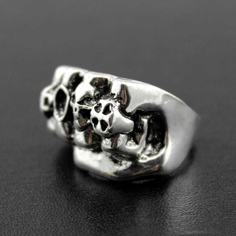 Venta caliente cráneo gótico tallado grandes anillos del motorista de los hombres Anti-Plata Retro Anillos punky para los hombres s Joyería de moda a granel al por mayor