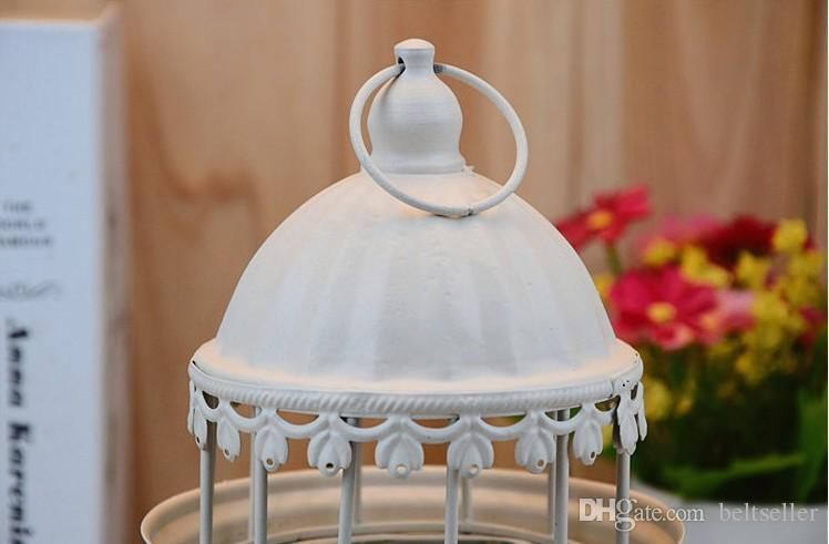 النمط الأوروبي قلعة الجوف حاملي الشموع المعدنية أسود أبيض الحديد فانوس الزفاف الفوانيس المغربية عيد الميلاد زخرفة زفاف ديكور المنزل