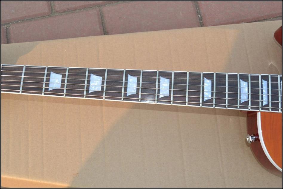 Nouveau! Placage d'érable Sunburst Flame, une guitare électrique Custom Pickup Livraison gratuite