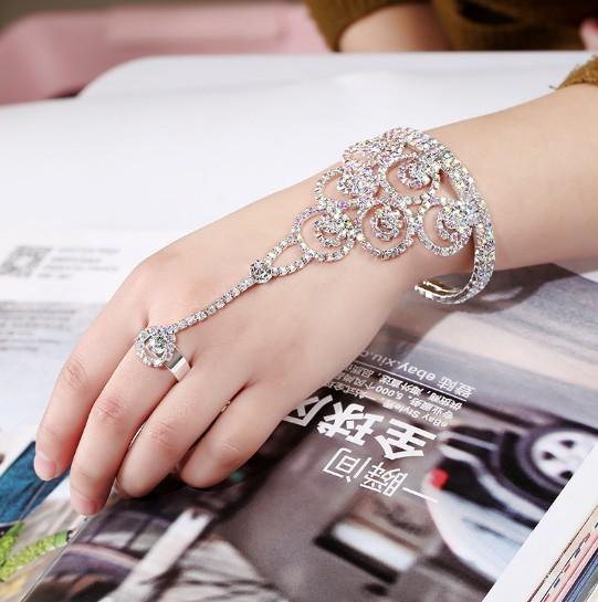 Элегантные свадебные ручные жгуты браслет горный хрусталь свадебные кольцевые браслеты браслеты свадьбы рукой браслеты ведомые свадебные украшения