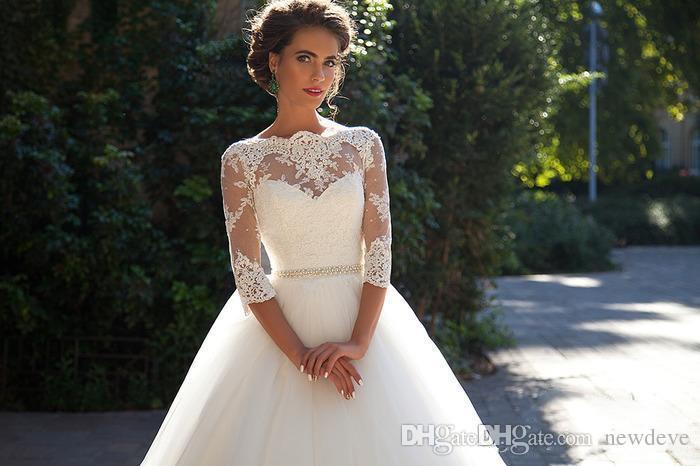 Robes de mariée bohème modestes Perles de bateau blanc Tulle Dentelle Millanova 2019 Robes De Mariée Personnalisées À Manches Longues Robe De Mariage Une-Ligne