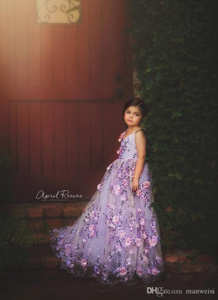 2019 Purple Flower Girls Dresses For Weddings 3D Floral Appliques V Neck Pageant Princess First Communion Dress