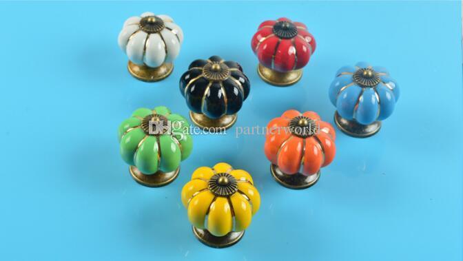 7 цветов тыквы кухонные шкафы ручки спальня шкаф ящики керамическая дверь тянуть ручки с винтами 4*4*2.8 cm