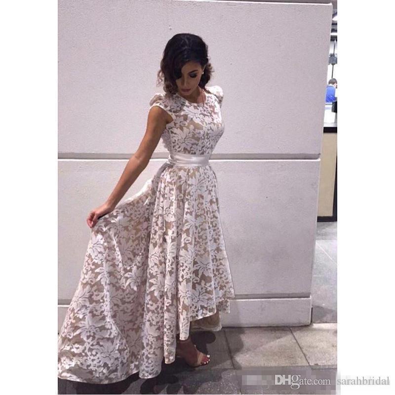 2019 Novo Elegante Cap Mangas Alta low Evening Vestidos de Champanhe Forro Rendas Apliques Formal Do Partido Vestidos de Baile Personalizado Imagens Reais