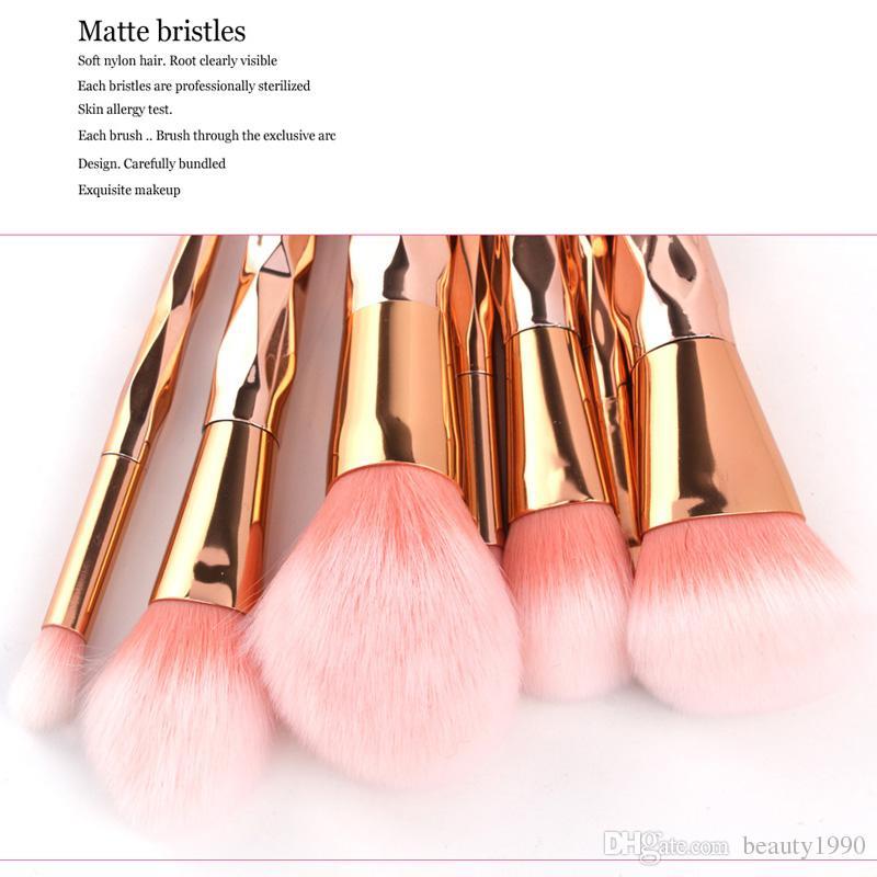 7 adet / takım Gül Altın Makyaj Fırçalar Set Allık Pudra Kaş Göz Farı Kontur Karıştırma Fırçası Yumuşak Saç Plastik Saplı Kozmetik Araçları