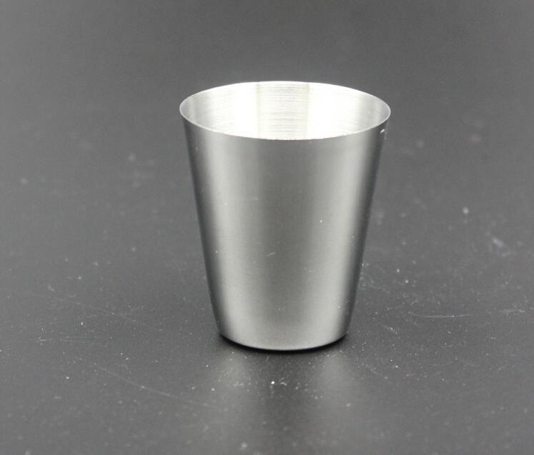 Vente chaude En Plein Air Portable Acier Inoxydable Hip Flask Cup 30ML Hip Flask Lunettes Spéciales Flagon Vin Pot Tasse