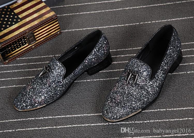 New Silver Leather Chaussure Homme Slip On Mocassin Men Loafers Casual Flats Men Glitter Mens Wedding Shoes Flat Men Dress Shoes