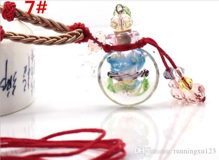 Glass essential oil diffuser necklaces flowers small vial pendant necklace aromatherapy vintage perfume bottle pendant necklaces R008
