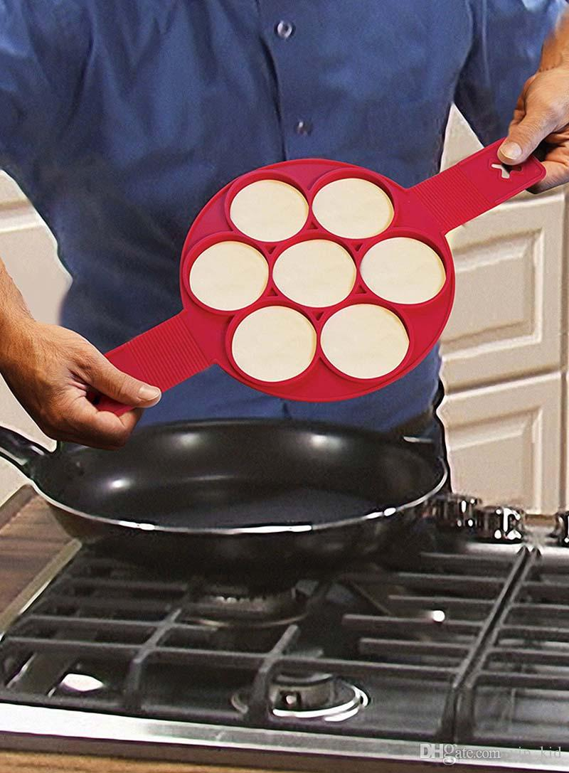 Flippin Fantastic Silicone Nonstick Perfect Pancakes Maker Egg Ring Maker Kitchen Tool Cake Baking Moulds DHL