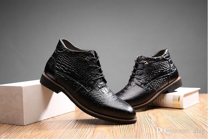 Neue Ankunfts-Art und Weise Bullock Schuhe, handgemachte Superwarme echtes Leder Winterstiefel Männer, beiläufige britische Art Schneestiefel für XX42